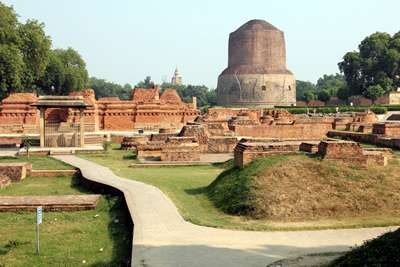 Light Forces Operations In India - Dhamek Stupa In Sarnath, Site Of The First Teaching Of The Buddha