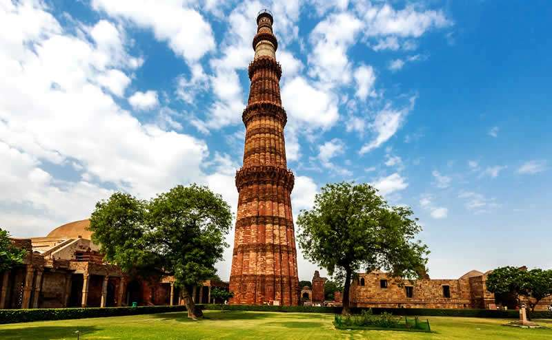 Light Forces Operations In India - Qutab Minar